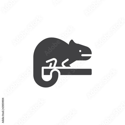 Ikona wektor kameleon. wypełnione mieszkanie znak dla koncepcji mobilnych i projektowanie stron internetowych. Jaszczurka zwierzęca prosta stała ikona. Symbol, ilustracja logo. Doskonała grafika wektorowa pikseli