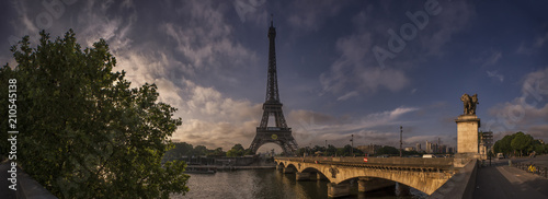 A panorama of the Eiffel tower in the early morning - 210545138