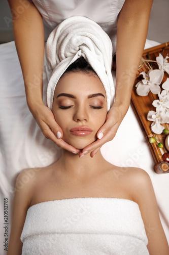 Fototapeta anti-aging facial massage.