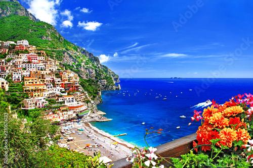 Fotobehang Freesurf beautiful Positano. Gorgeous Amalfi coast, Italy