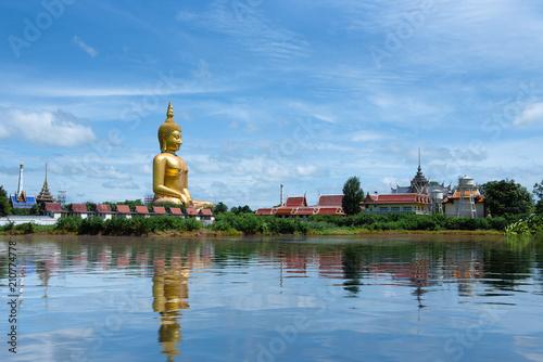 Aluminium Boeddha Golden big buddha statue in Thailand