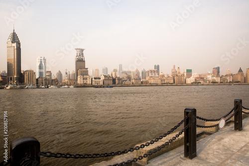Plexiglas Shanghai The Bund skyline from across the Huangpu River, Shanghai, China, Asia