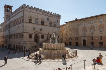 Palazzo dei Priori and the Fontana Maggiore (fountain) in Piazza IV Novembre (square) in Perugia, Umbria, Italy