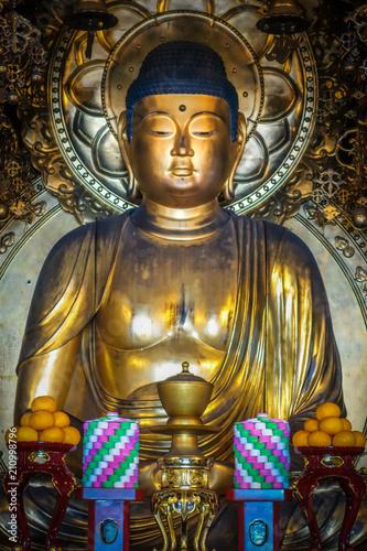 Fotobehang Boeddha Golden Buddha in Chion-In Temple, Kyoto, Japan