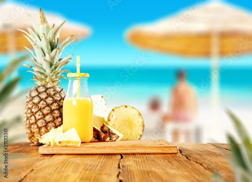 Lato fotografia świeży ananas