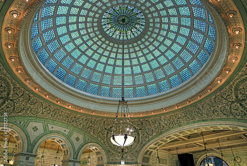 Fotobehang Chicago Chicago, Illinois, USA - June 22, 2018 - View of the interior and of the dome at the Chicago Cultural Center.