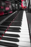 grand piano - 211369368