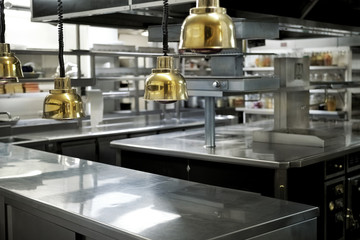 Kitchen in a restaurant © Jacques PALUT