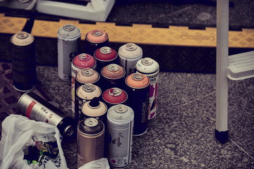 Spray paint for street art