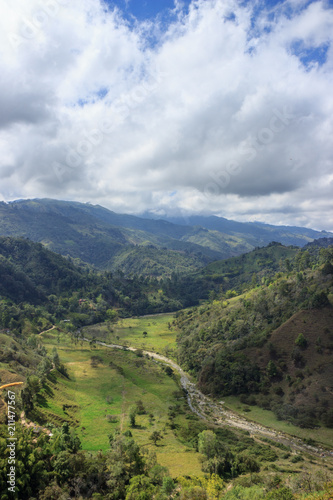 Fotobehang Wit Valle de Cocora, salento colombia