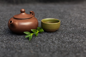 Traditional tea ceremony accessories Chinese clay teapot with green and puer tea