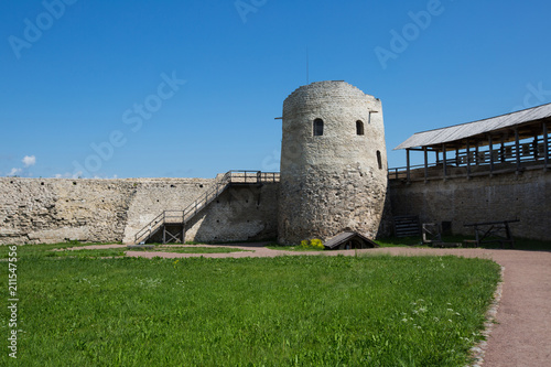 Walls of Izborsk fortress - 211547556
