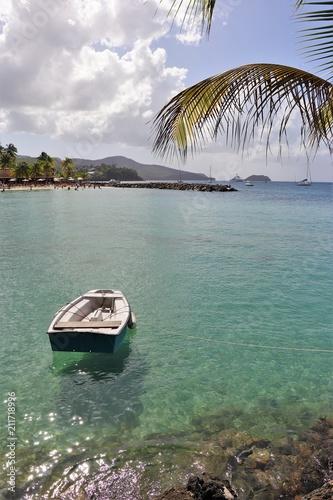 Aluminium Tropical strand Boat floating near the shore on a beautiful tropical beach