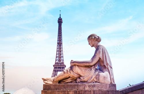 Paris et sa tour Eiffel