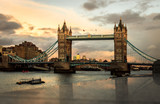 Fototapeta Londyn - Tower Bridge ao por do sol. © Jorge
