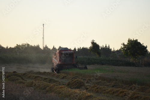 Aluminium Trekker Combine Harvesting