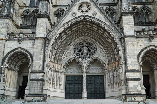 The Cathedral of St. John the Divine in New York is a large church in the style of medieval gothic cathedrals in Europe.  - 211867749