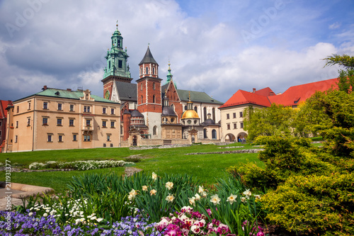Aluminium Krakau Cathedral in Wawel Castle and Green Park