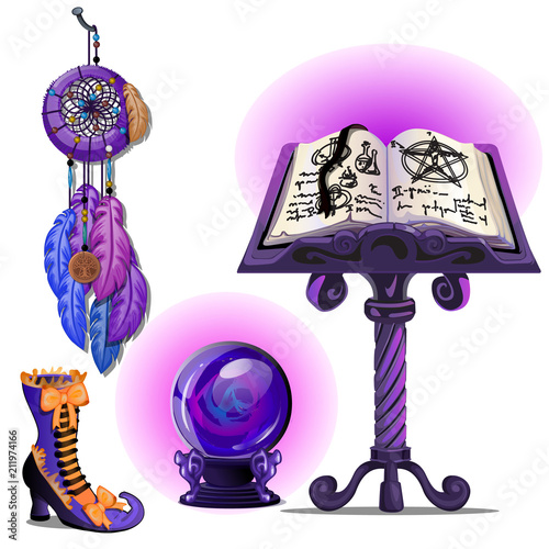 Magiczna książka z czarów i pentagramu, szklana kulka Ouija, Dreamcatcher i magiczne buty. Szkic na kartkę z życzeniami, uroczysty plakat lub zaproszenia na przyjęcie. Atrybuty święta Halloween.