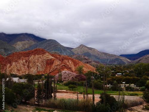 Aluminium Zwart Tilcara 7 Colored mountain