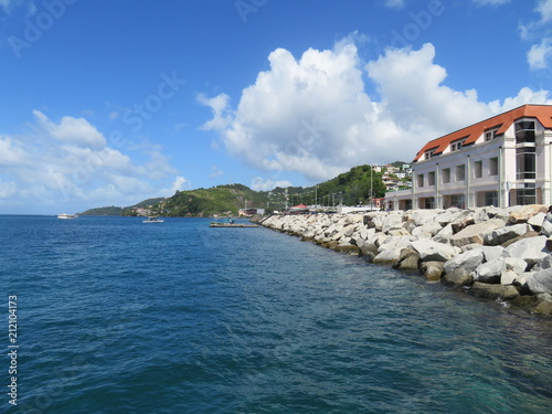 Foto Murales Buildings along the coastline of St. George harbor in the Caribbean island of Grenada