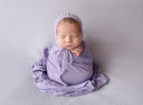 sleeping newborn baby girl - 212108795