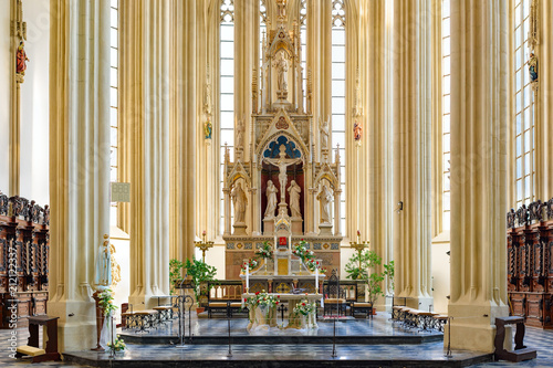 BRNO, CZECH REPUBLIC: panoramic view of Church of St. Jacob's interiors - 212122337