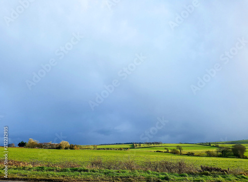 Aluminium Lente Simple landscape with moody sky