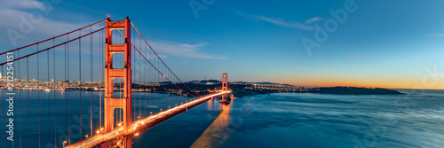 Foto Murales Golden Gate bridge sunset, San Francisco California