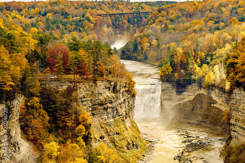 Fotobehang Honing Autumn scene of waterfalls and gorge