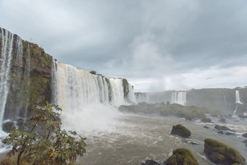 The Iguaçu Falls is a group of about 275 waterfalls on the Iguaçu River in Brazil and Argentina. © Fabricio Rezende