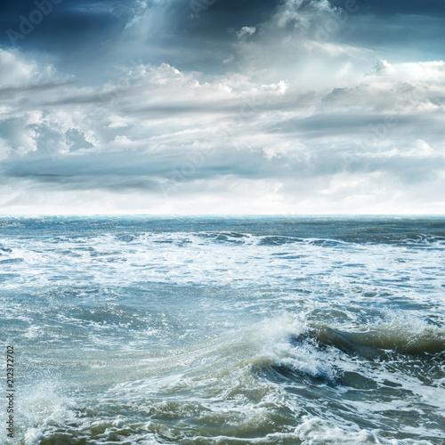 Tropikalne niebo i morze