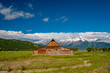 Leinwanddruck Bild - Old barn in Grand Teton Mountains