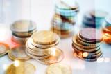 Geld Finanzen und Sparen - 212447155