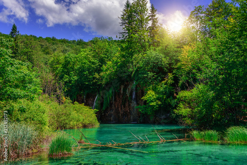 akes with blue water and waterfall. - 212452173