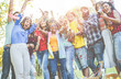 Leinwanddruck Bild - Happy friends having party, throwing confetti outdoor