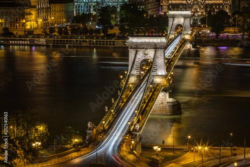 Aluminium Boedapest Traffic at the Chain Bridge, Budapest