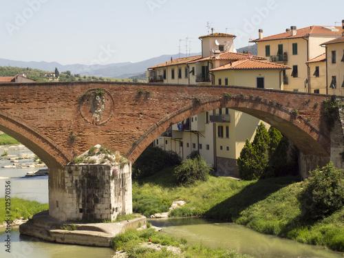mata magnetyczna Toscana,Pontassieve,il ponte mediceo.