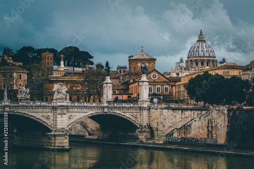 Aluminium Bruggen Storm in Rome, Italy