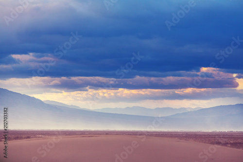 Fotobehang Galyna A. Sand dunes in California