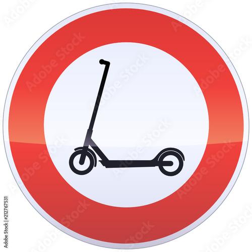 Panneau d'interdiction de trottinettes (détouré)