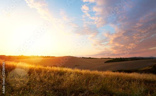 Canvas Toscane typical Tuscany landscape; sunset over rolling hills