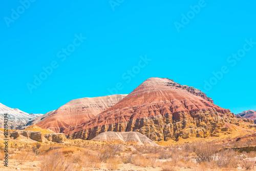 Canvas Blauw Red mountains in Kazakhstan