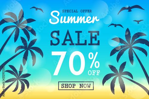 Letnia Wyprzedaż - koncepcja transparentu z tropikalnymi palmami. Wektor.
