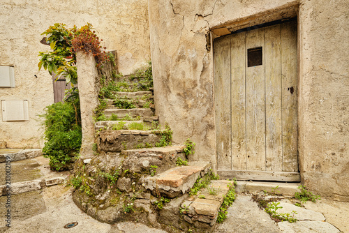 Fototapeta Old streets of the historical part of the French town Villeneuve Loubet