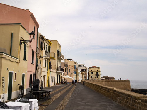 Aluminium Smalle straatjes Alghero bastioni marco polo