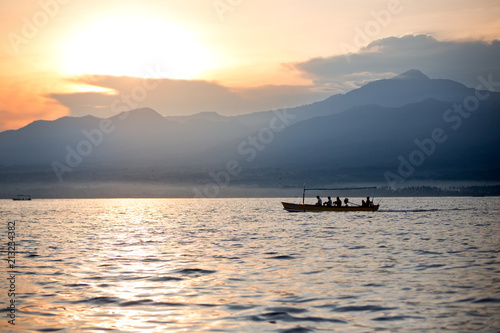 Foto Murales boat with fishmen