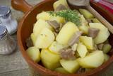 porc et pommes de terre - 213255501