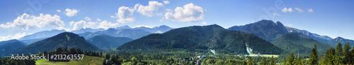 Słoneczna panorama Tatr | Sunny panorama of the Tatras