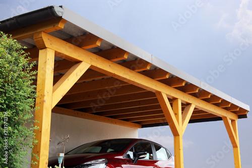 Hochwertiger Carport aus Holz - 213270376